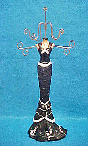 Jewelry Tree - Evening Out Figure (Image1)