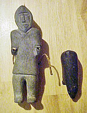 Inuit Man w/Bear - 20th Century - Signed (Image1)