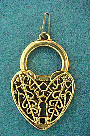 Filigreed Heart/Lock Pendant/Charm (Image1)