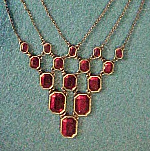 Red Faceted Stones Necklace/Earrings Set (Image1)