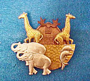 Noah's Ark Metal Pin - Vintage (Image1)