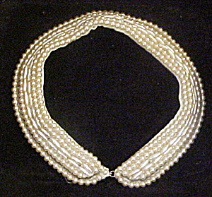 Glass Pearl Sweater Collar