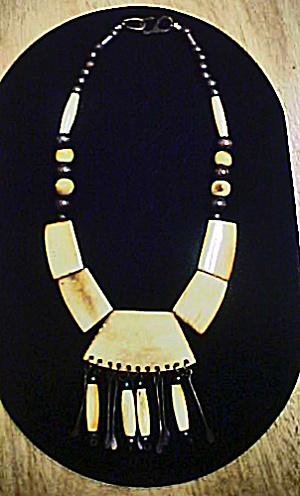 Ethnic Beads Necklace (Image1)