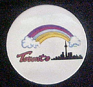 Toronto Skyline w/Rainbow - Round Pin-Back (Image1)