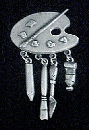 Pewter-Toned Artist Pallet Dangling Pin (Image1)
