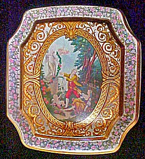 Period Tin Featuring Cupid - 8 Sided (Image1)