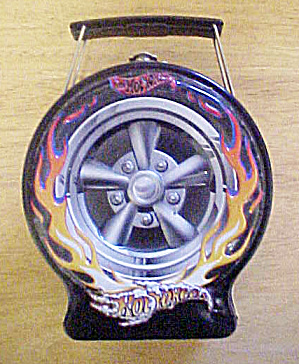 Hot Wheels - Flaming Black Tire Tin (Image1)