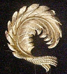 Click here to enlarge image and see more about item AA486: Leaf Pin - Gold Toned Metal
