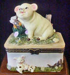 Click to view larger image of Piglet Ceramic Trinket Box (Image1)