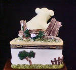 Click to view larger image of Piglet Ceramic Trinket Box (Image3)