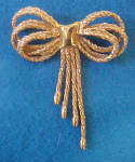 Rope Design Bow Pin - Gold-Toned