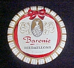 Click here to enlarge image and see more about item T675: Baronie Medaillons Chocolate Holland Tin