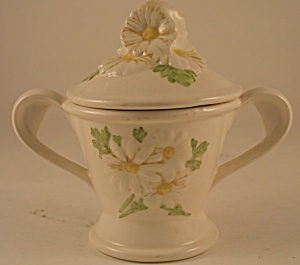 Metlox Sculptured Daisy Sugar With Lid