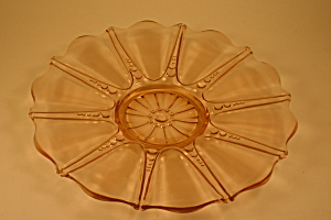 Pink Oyster and Pearl Sandwich Plate (Image1)
