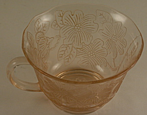Thick Pink Dogwood Cup (Image1)