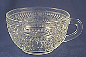 Heritage Cup and Saucer (Image1)
