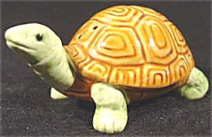 Ceramic Turtle Salt Shaker Japan - Single