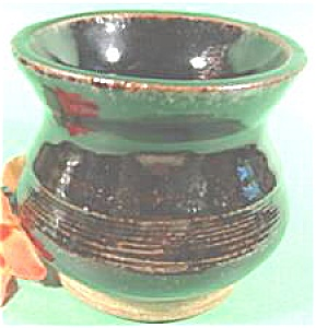 Stoneware Spittoon  ~ Dark Brown Glaze (Image1)