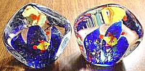 Pair of Triangle Glass Fish Paperweights + BONUS (Image1)