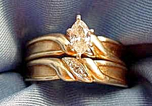 14k Y.g. Marquise Diamond Wedding Ring Set - Size 6