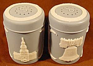 American Historical Scenes Salt And Pepper Shakers
