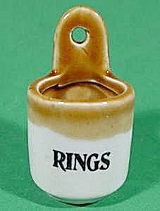 Pottery Ring Holder With Two Tone Glaze