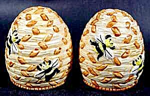 Beehive Salt And Pepper Shaker Set