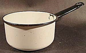 White Saucepan with Black Trim - Graniteware - Vintage (Image1)