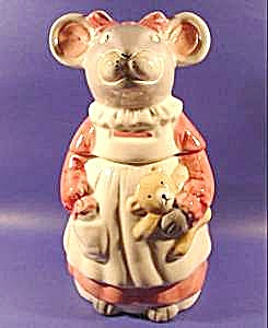 Melinda Mouse Cookie Jar - House of Lloyd (Image1)