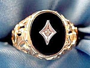Gents Black Onyx And Diamond Ring - Size 10