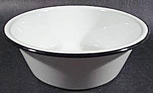 White Graniteware Pan with Black Trim - 7-1/4 inch (Image1)