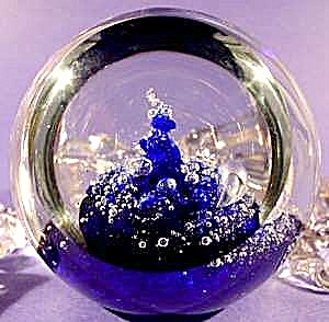 Glass Paperweight - Sabina Rymanow - Controlled Bubble