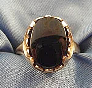 10k Yellow Gold Black Onyx Ring - Size 6.5