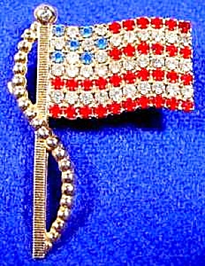 Flag Pin - Vintage Rhinestone - Trifari? - Usa