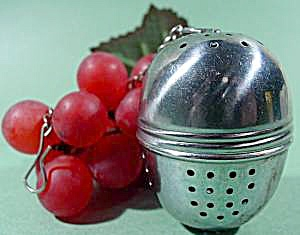 Stainless Steel Tea Ball Herb Diffuser (Image1)