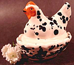 Hen on Nest Trinket Box - Ceramic (Image1)