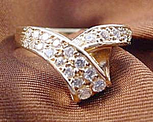 14k Y.g. Diamond Right Hand Ring - Size-6.5