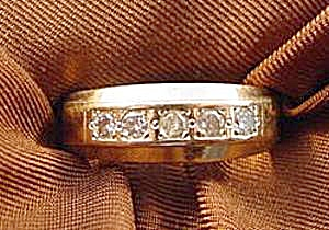 14k Yellow Gold Diamond Band Ring - Size 6.75