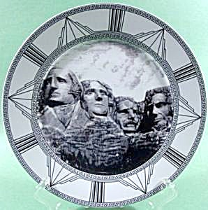Mount Rushmore Collector Plate ~ Royal Norfolk (Image1)