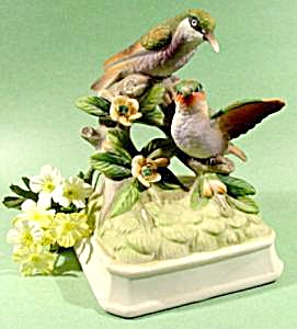Porcelain GORHAM Hummingbird Music Box (Image1)
