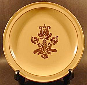 Pfaltzgraff Village Dinner Plate - Retired Pattern (Image1)