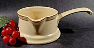 Pfaltzgraff Village Gravy Boat with Stick Handle  (Image1)
