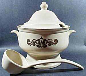 Pfaltzgraff Village Soup Tureen with Ladle - Retired (Image1)