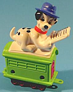 102 Dalmatians - Dog On Caboose Reading A Book - Mip