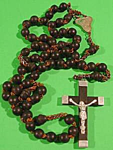Rosary Bead Necklace With Crucifix - Wooden - Vintage
