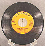 Click here to enlarge image and see more about item B767: Robert Goulet 45RPM Recording ~ Columbia Label ~ 1963