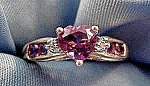 10K Yellow Gold Amethyst Heart Ring - Size 6.75