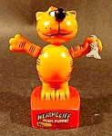 Click here to enlarge image and see more about item C668: Heathcliff Push Puppet ~ 1983