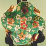 Click here to enlarge image and see more about item D539: Green and Gold Hand Painted Vintage Personal Ashtray