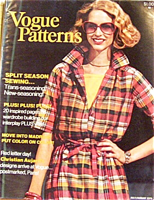 1976 VOGUE PATTERNS Magazine Book (Image1)